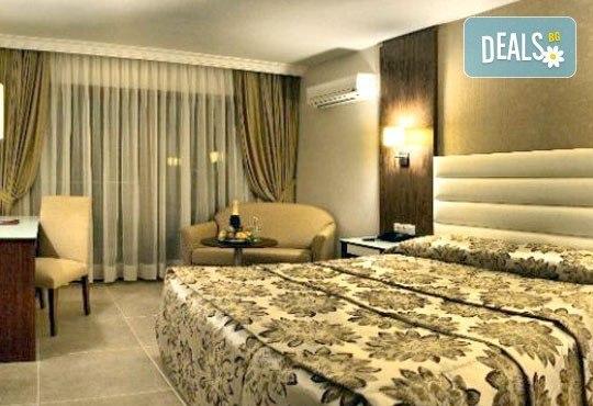 На море през юни в Кушадасъ! 7 нощувки на база All Inclusive в Omer Holiday Resort 4* и възможност за транспорт, от ТА Джуанна! - Снимка 5
