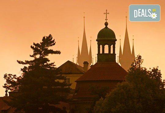 Посетете Златна Прага и очарователната Братислава през септември! 3 нощувки със закуски, транспорт и екскурзовод от Комфорт Травел! - Снимка 5