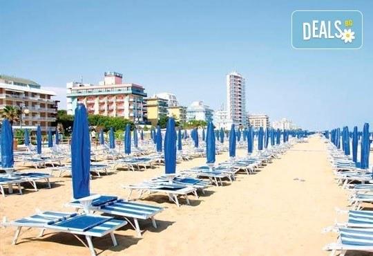 Лятна почивка във Венеция, Лидо ди Йезоло - 8 дни, 6 нощувки със закуски и вечери в хотел 3* и транспорт, от Теско Груп! - Снимка 15