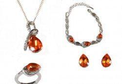Лукс за празниците! Комплект колие, гривна, пръстен и обеци с австрийски кристали от Present For You! - Снимка