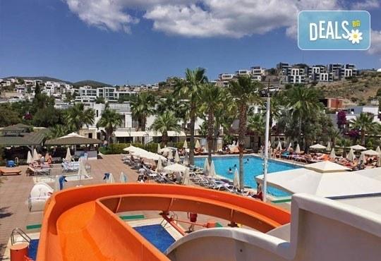 На море през септември и октомври в Бодрум, Турция! 7 нощувки, All Inclusive в Anadolu Hotel 4*, възможност за транспорт! Дете до 12 г. безплатно! - Снимка 7
