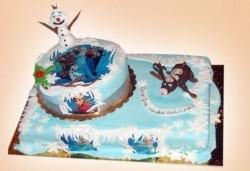 Огромна детска 3D торта с фигурална ръчно изработена декорация от Сладкарница Джорджо Джани - Снимка