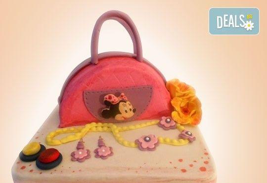 Сбъднати детски мечти! Детска 3D торта с фигурална ръчно изработена декорация от Сладкарница Джорджо Джани - Снимка 8