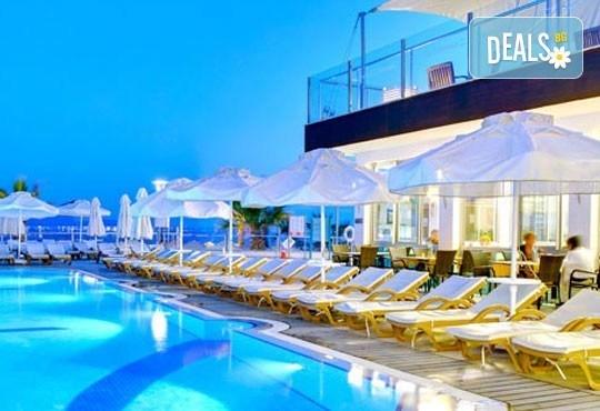 Късна морска почивка в Бодрум - бялата перла на Турция! 7 нощувки, All Inclusive в Armonia HV1 & Spa, възможност за транспорт! Дете до 12 г. безплатно! - Снимка 12