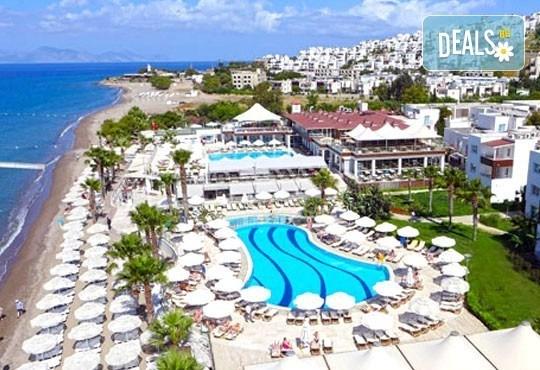 Късна морска почивка в Бодрум - бялата перла на Турция! 7 нощувки, All Inclusive в Armonia HV1 & Spa, възможност за транспорт! Дете до 12 г. безплатно! - Снимка 2