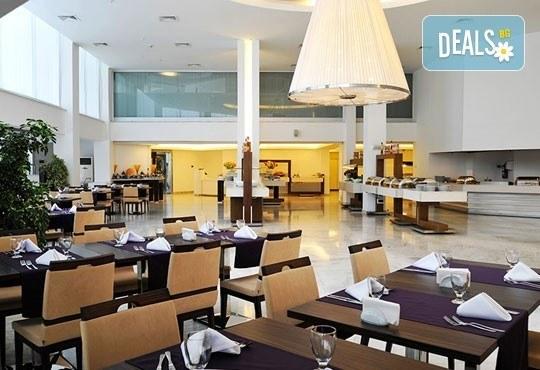 Почивка в Бодрум - бялата перла на Турция! 7 нощувки, All Inclusive в Hotel Baia Bodrum 5*, възможност за транспорт! Дете до 11 години безплатно! - Снимка 6