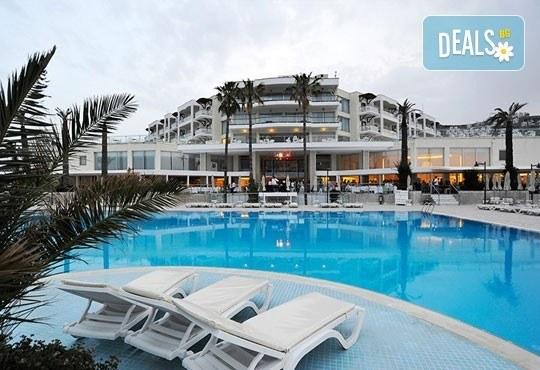 Почивка в Бодрум - бялата перла на Турция! 7 нощувки, All Inclusive в Hotel Baia Bodrum 5*, възможност за транспорт! Дете до 11 години безплатно! - Снимка 1