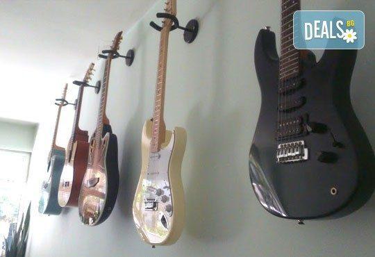 Едноседмична занималня математиката вече е лесна и царството на китарите от Mathtalent! - Снимка 1