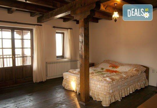 Романтична почивка за двама през юни в хотел Лейкхаус, с. Аспарухово: 1 нощувка със закуска, безплатно за дете до 3,99 г. - Снимка 4