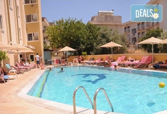 Почивка в Мармарис през юни, с Джуанна Травел! 7 нощувки на база All inclusive в Cle Seaside Hotel 3*, възможност за транспорт! - Снимка 5