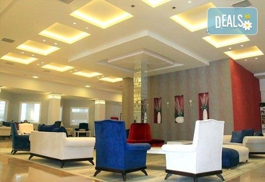 Почивка в Мармарис през юни, с Джуанна Травел! 7 нощувки на база All inclusive в Clè Resort Hotel 4*, възможност за транспорт! - Снимка 10