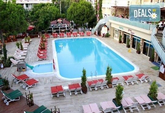 Почивка в Мармарис през юни, с Джуанна Травел! 7 нощувки на база All inclusive в Clè Resort Hotel 4*, възможност за транспорт! - Снимка 2