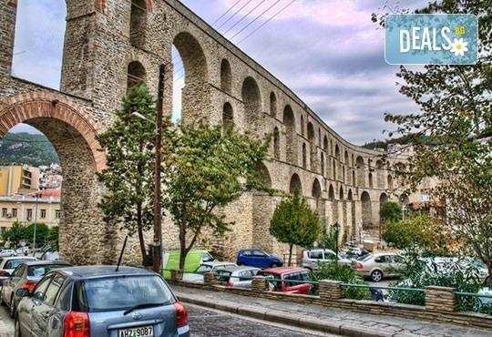 Посетете Гърция за 1 ден през юни или август! Екскурзия до Кавала с транспорт и водач от Глобул Турс! - Снимка 1