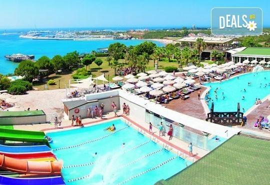 Last minute почивка в Дидим през юни! 7 нощувки, All Inclusive, в Didim Beach Resort Elegance 5* и възможност за транспорт, от Вени Травел! - Снимка 2