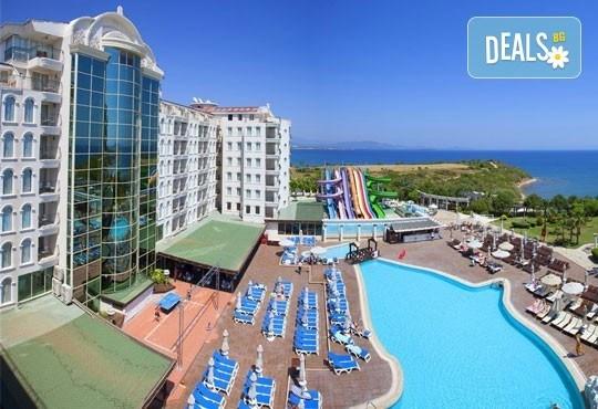 Last minute почивка в Дидим през юни! 7 нощувки, All Inclusive, в Didim Beach Resort Elegance 5* и възможност за транспорт, от Вени Травел! - Снимка 1