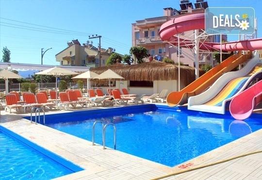 Почивка в Мармарис през юли! 7 нощувки на база All inclusive в Clè Resort Hotel 4*, безплатно за дете до 13г.! - Снимка 2