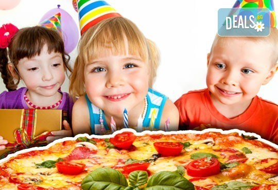 Два часа игри с детско парти за 10 деца! Голяма семейна пица за деца и възрастни, торта и сок в детски клуб Звездички! - Снимка 1
