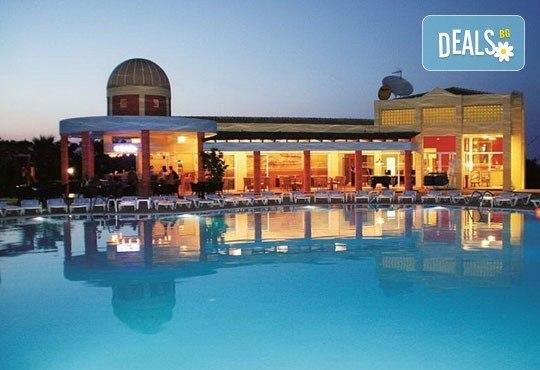 Супер почивка на о. Корфу! 7 нощувки със закуски и вечери в хотел Olympion Village 3*+, транспорт, фериботни такси и билети от НираМар Травел - Снимка 4