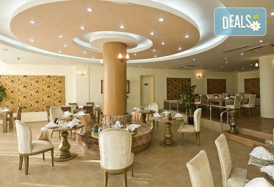 Почивка със самолет в Анталия през юли! 7 нощувки, Ultra All Inclusive в хотел Euphoria Palm Beach Resort 5*, Сиде, двупосочен билет, летищни такси и трансфери - Снимка 6