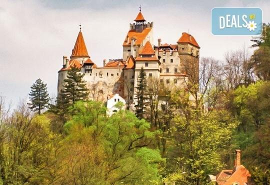 Лятна разходка през юли и август с еднодневна екскурзия до Синая и замъка на Дракула в Бран, екскурзовод и транспортот Русе! - Снимка 5