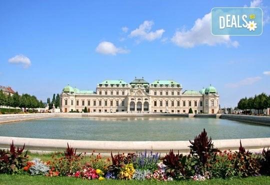Екскурзия до Будапеща през юли и август, с Теско Груп! 2 нощувки със закуски, хотел 3*, транспорт и панорамна обиколка на Будапеща - Снимка 4