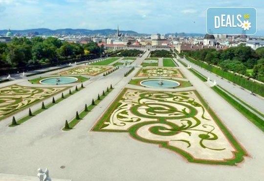 Екскурзия до Будапеща през юли и август, с Теско Груп! 2 нощувки със закуски, хотел 3*, транспорт и панорамна обиколка на Будапеща - Снимка 3