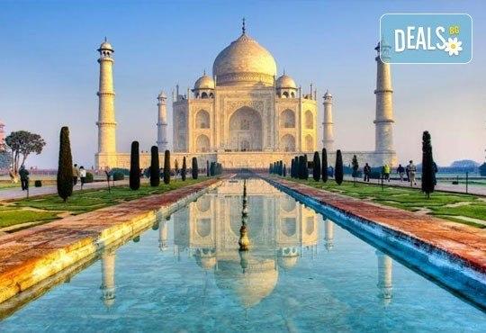 Самолетна екскурзия до Златният триъгълник - Индия, с Лале Тур! 5 нощувки 4*, със закуски и вечери, включени екскурзии, билет с летищни такси, трансфери - Снимка 10