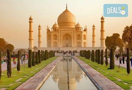 Самолетна екскурзия до Златният триъгълник - Индия, с Лале Тур! 5 нощувки 4*, със закуски и вечери, включени екскурзии, билет с летищни такси, трансфери - Снимка 1
