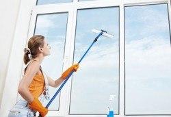 Почистване на прозорци на входове плюс почистване на общите части, до 8 етажа от Професионално почистване ЕТ Славия! - Снимка
