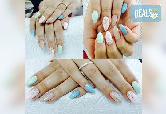Подарете на ръцете си красота и цвят с класически маникюр с CND Creative play или S.N.B., 2 декорации по избор в салон RalNails! - Снимка 3