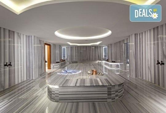 Почивка през септември или октомври в Aurum Exclusive Club Marmara 5*, Дидим - 7 нощувки на база Ultra All Inclusive! Възможност за транспорт! Дете до 12 години - безплатно! - Снимка 11