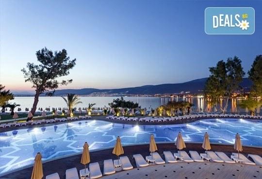 Почивка през септември или октомври в Aurum Exclusive Club Marmara 5*, Дидим - 7 нощувки на база Ultra All Inclusive! Възможност за транспорт! Дете до 12 години - безплатно! - Снимка 2