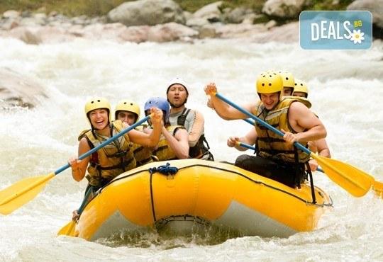 Незабравимо приключение! Спуснете се с каяк по река Камчия, с включена екипировка и заснемане, предложение от Агенция Ревери! - Снимка 2