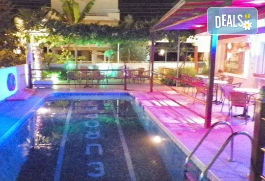 Почивка през юли и август на Олимпийската ривиера, Гърция - 6 дни, 5 нощувки със закуски в хотел Europa 2* и транспорт, от Теско Груп! - Снимка 5