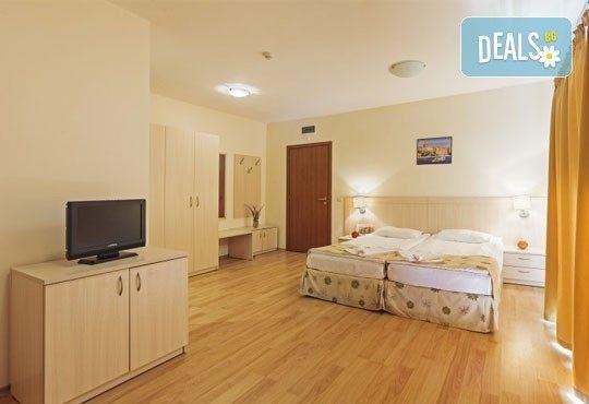 Септември в Серена Резиденс, Созопол! 1 нощувка, на база All Inclusive в студио или апартамент, едно дете до 12г. - безплатно - Снимка 3