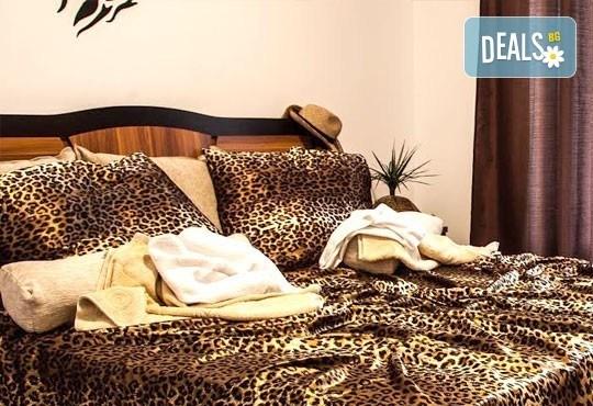 Незабравимо лято в семеен хотел Магнолия Гардън, Слънчев бряг! 1 нощувка в едностаен или двустаен апартамент, позлване на басейн и шезлонг! - Снимка 3