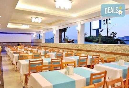 Лято в Анталия! 7 нощувки на база All Inclusive в Mesut Hotel 4*, самолетен билет, летищни такси, трансфер и застраховка! - Снимка 7
