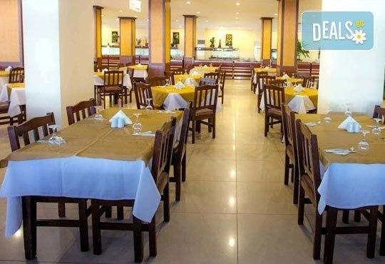 Лято в Анталия! 7 нощувки на база All Inclusive в хотел Eftalia Resort 4*, самолетен билет, летищни такси, трансфер, застраховка,с Аква Тур! - Снимка 8