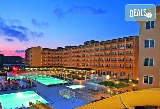 Лято в Анталия! 7 нощувки на база All Inclusive в хотел Eftalia Resort 4*, самолетен билет, летищни такси, трансфер, застраховка,с Аква Тур! - Снимка 10