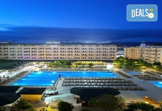 Лято в Анталия! 7 нощувки на база All Inclusive в хотел Eftalia Resort 4*, самолетен билет, летищни такси, трансфер, застраховка,с Аква Тур! - Снимка 2