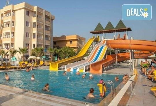 Лято в Анталия! 7 нощувки на база All Inclusive в хотел Eftalia Resort 4*, самолетен билет, летищни такси, трансфер, застраховка,с Аква Тур! - Снимка 12