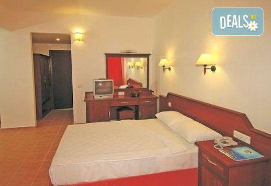 Лято в Анталия! 7 нощувки на база All Inclusive в хотел Eftalia Resort 4*, самолетен билет, летищни такси, трансфер, застраховка,с Аква Тур! - Снимка 4