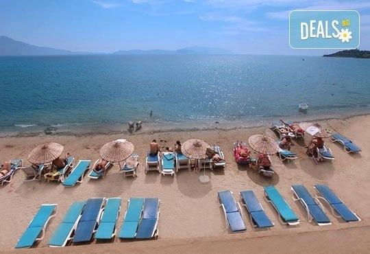 Лятна почивка в Турция! 7 нощувки, Аll Incusive и безплатно за дете до 12 години в Arora 4*, Кушадасъ ! - Снимка 8