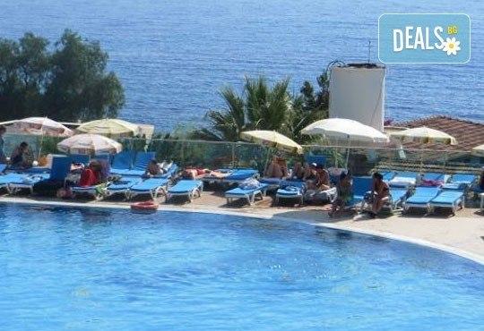 Лятна почивка в Турция! 7 нощувки, Аll Incusive и безплатно за дете до 12 години в Arora 4*, Кушадасъ ! - Снимка 4