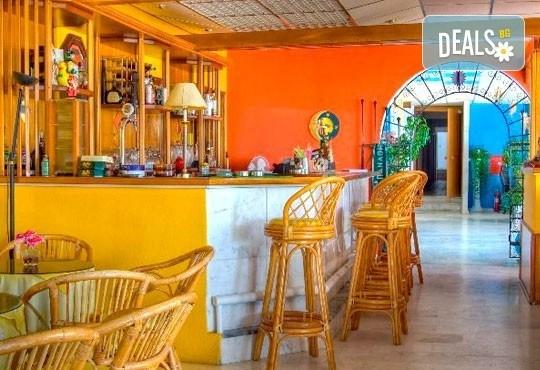 Лятна почивка на о. Тасос, Гърция! 5 нощувки със закуски в Astris Sun Hotel 2*+ в Астрис, от ТА Ревери! - Снимка 4