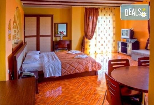 Лятна почивка на о. Тасос, Гърция! 5 нощувки със закуски в Astris Sun Hotel 2*+ в Астрис, от ТА Ревери! - Снимка 3