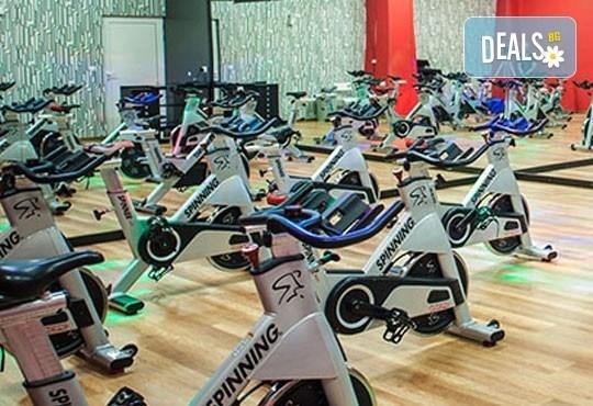 Супер оферта за активна тренировка! Една фитнес тренировка в West Gym в Надежда, Гевгелийски или Банкя - Снимка 3