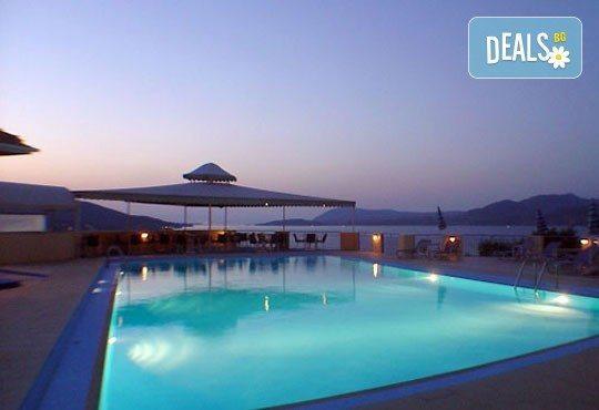 Гореща лятна почивка в Sunrise Hotel 3*, Никиана, о. Лефкада! 5 нощувки със закуски, транспорт и екскурзовод! - Снимка 4