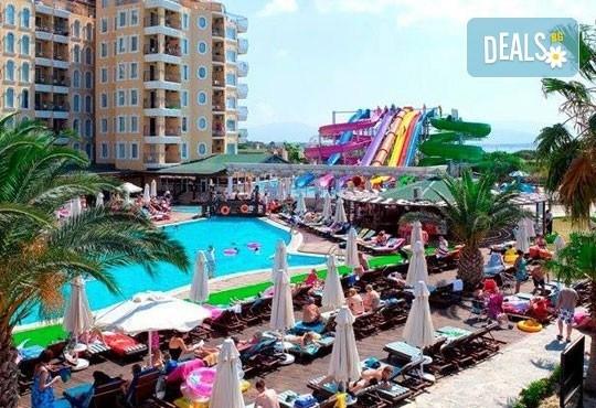 Морска почивка през септември в Дидим, Турция! 7 нощувки, All Inclusive в Didim Beach Resort 5* с възможност за транспорт! Дете до 12 години безплатно! - Снимка 7
