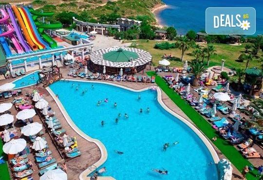 Морска почивка през септември в Дидим, Турция! 7 нощувки, All Inclusive в Didim Beach Resort 5* с възможност за транспорт! Дете до 12 години безплатно! - Снимка 8